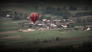 ile kosztuje lot balonem, lot balonem, lot balonem cena, loty widokowe, pomysł na weekend