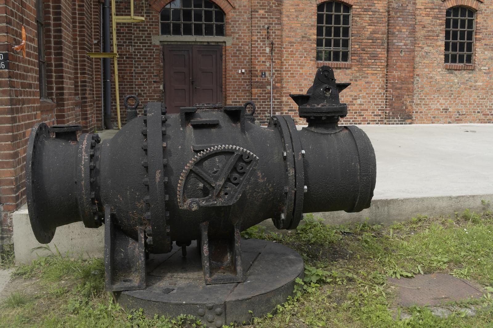 zabytkowa stacja wodociągowa zawada